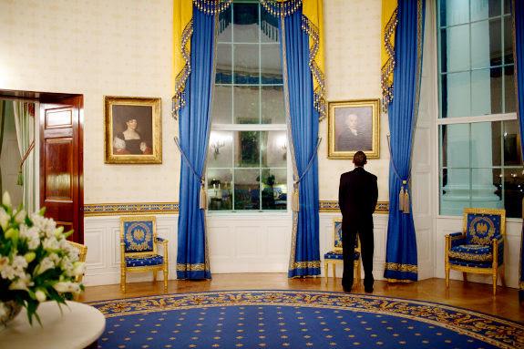 Oval Room Blue In Benjamin Moore